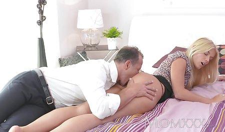 Yanks MILF سینمایی کمدی سکسی Helena Handbasket Masturbates